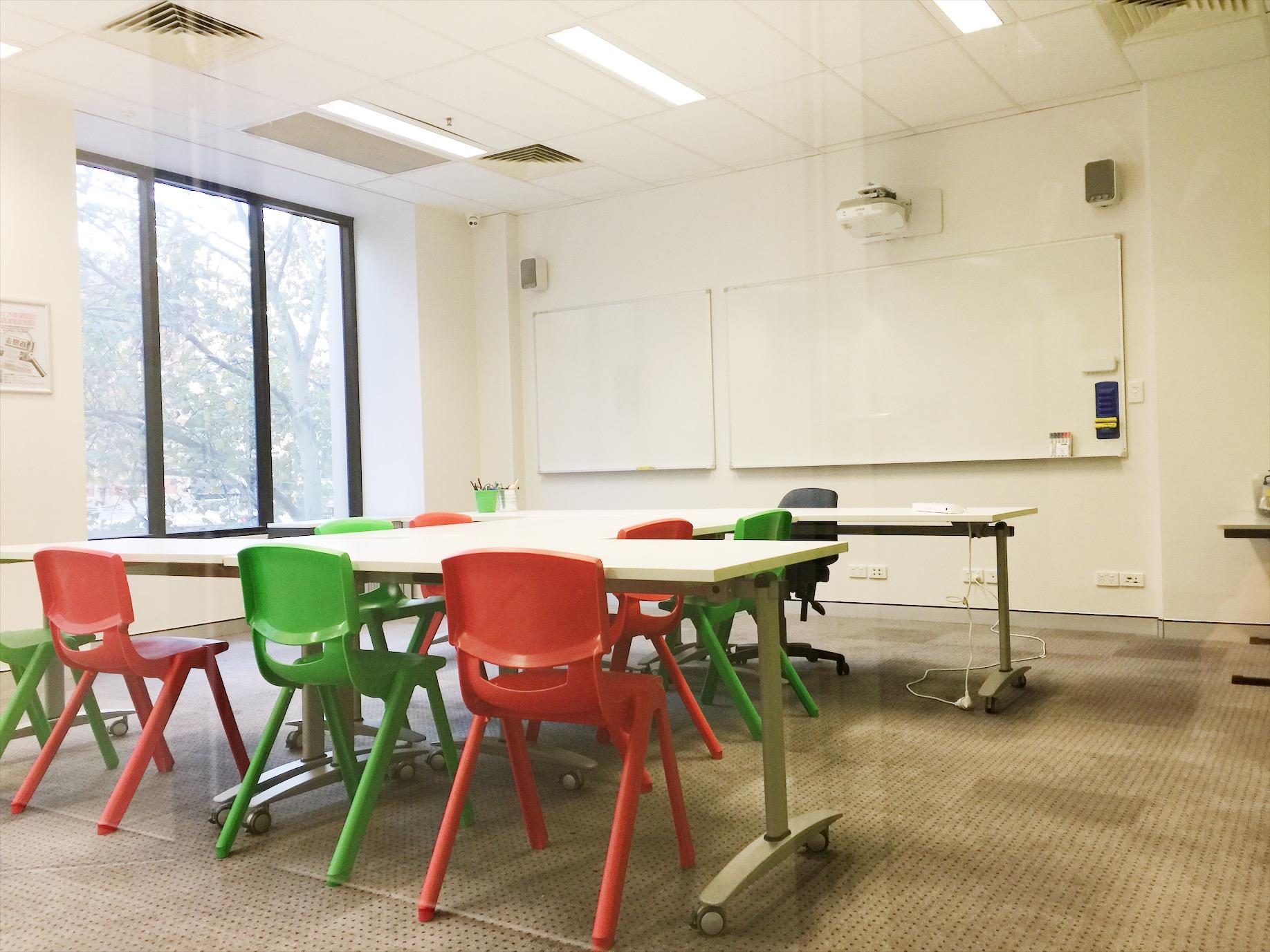 aies-class-room-3.jpg